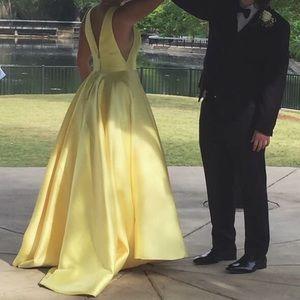 Sherri Hill (YELLOW) prom dress
